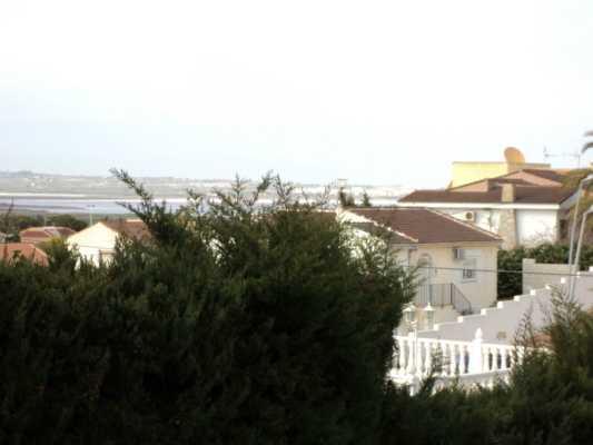 <!--:RU-->Большая Вилла в Los Balcones<!--:-->