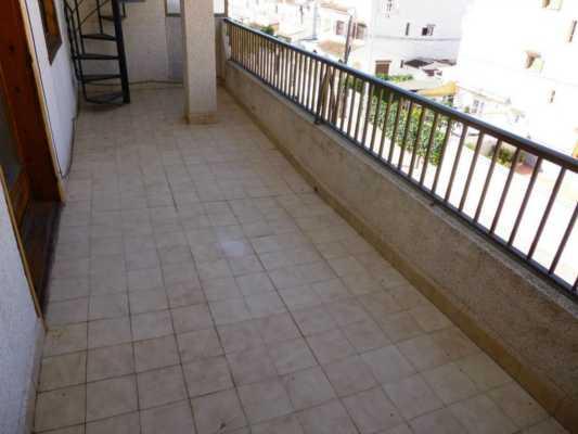 <!--:RU-->2-х этажный пентхаус в 200 метрах от пляжа!<!--:-->