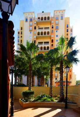 <!--:RU-->Просторная 2-х этажная квартира в комплексе люкс класса с охраной, всего в 100 метрах от пляжа<!--:-->