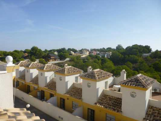 Buy a duplex in Corciano on the coast
