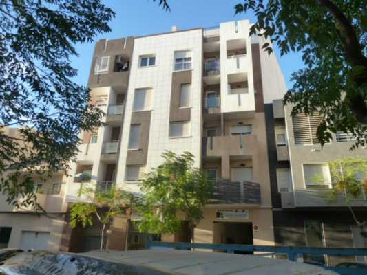 <!--:RU-->Новые 3-х комнатные квартиры вблизи центра Торревьехи<!--:-->