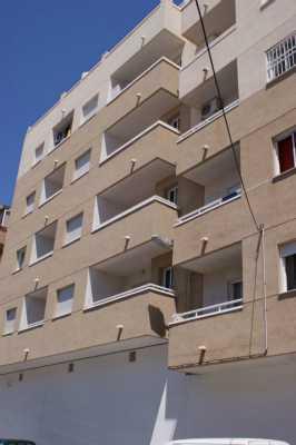 <!--:RU-->Квартира в отличном состоянии с видом на бассейн<!--:-->