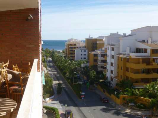 <!--:RU-->3-х комнатная квартира с видом на море в Пунта Приме!<!--:-->