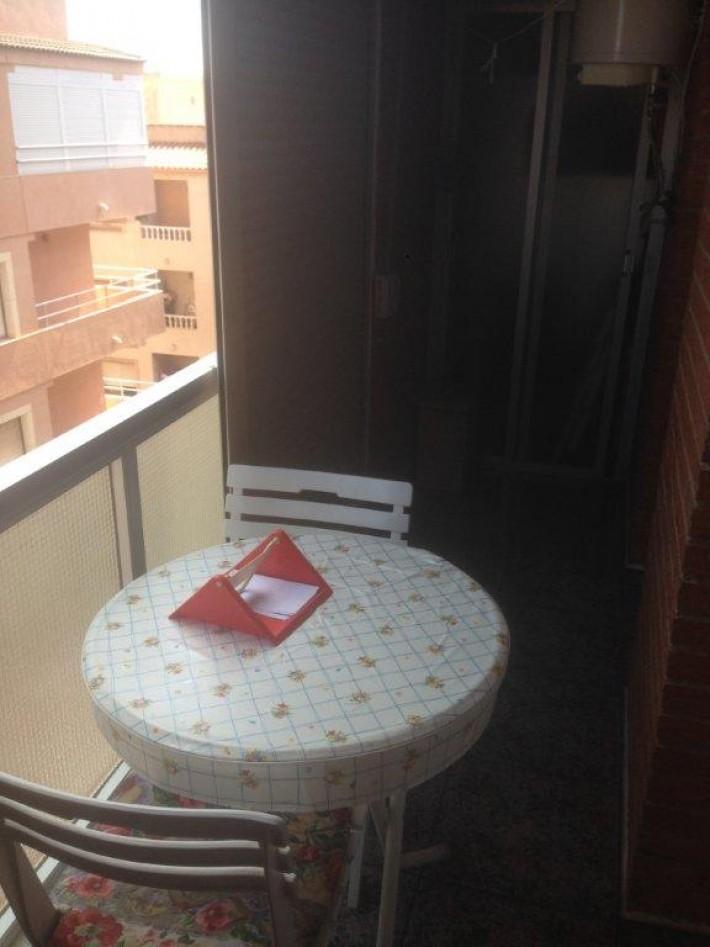 <!--:RU-->Продается квартира с 1 спальней в Торревьехе в 300 м от пляжа Acequion <!--:-->