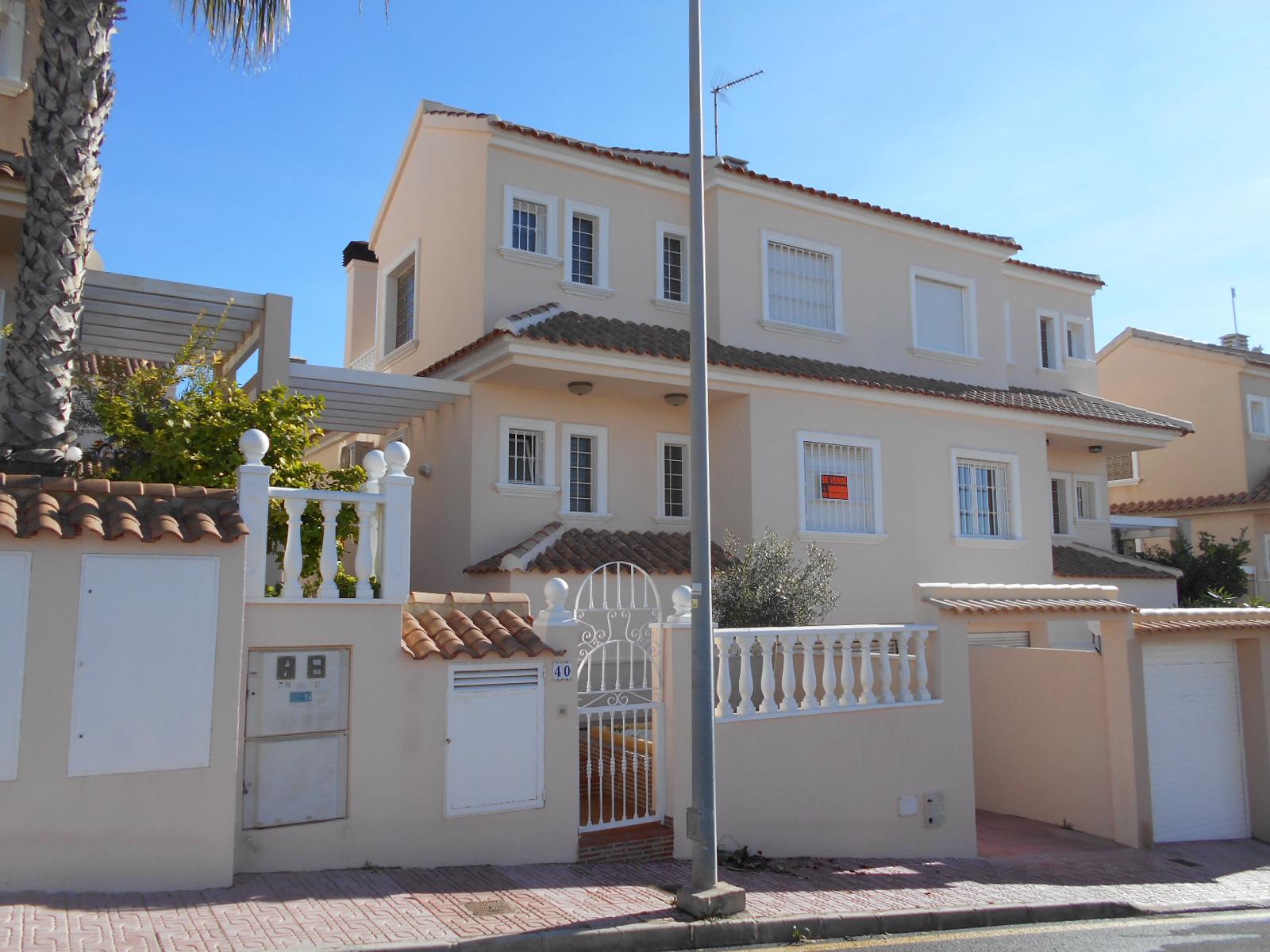 Villa for rent/sale in Torre del Moro