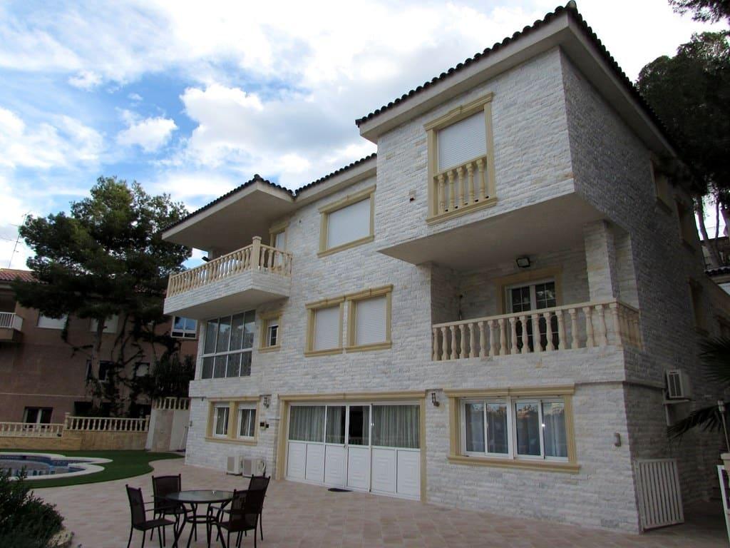 Lux-Klasse-Villa mit privatem Pool