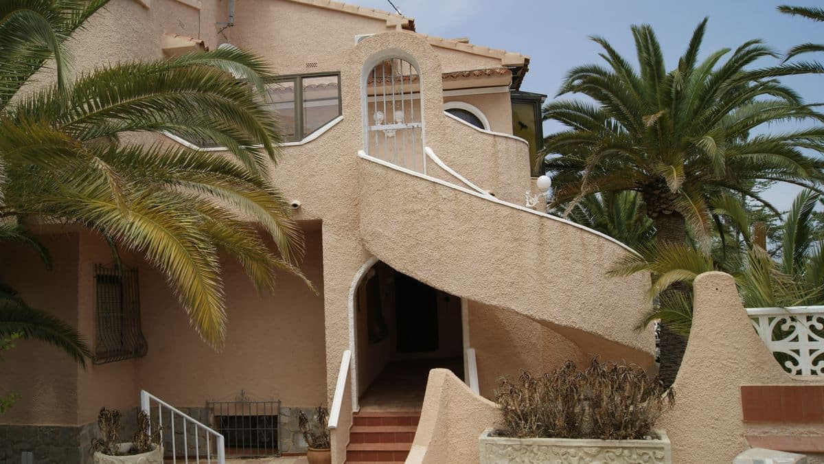 Villa 2. Villas in Calpe