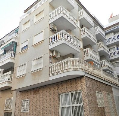 Снижение цены! Студия в центре города Torrevieja, вблизи проспекта HABANERAS и  пляжа Los Locos