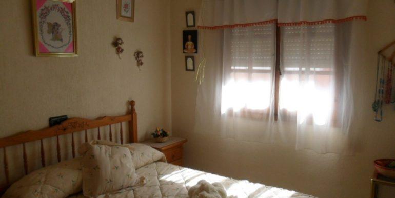 Бунгало с 2-я спальнями в 950 м. от моря в Торревьехе